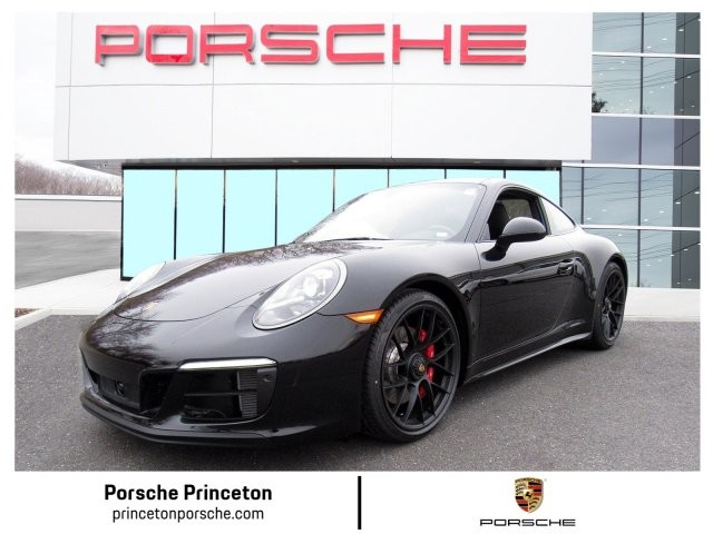 New 2019 Porsche 911 Carrera 4GTS