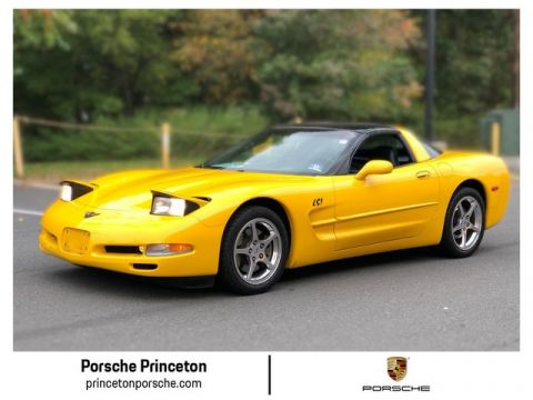 Pre-Owned 2004 Chevrolet Corvette LS1 Targa